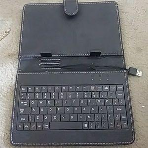 Accessories - 💻USB keyboard for mini ipad ot tablets. Universal